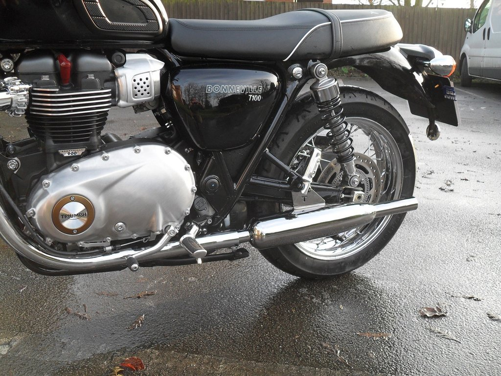 Silencer Norman Hyde Classic Toga Chrome Triumph Bonneville T100 and T120