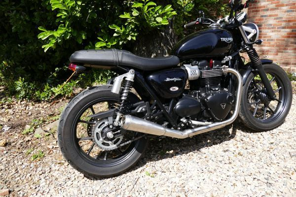 EXHAUST LINE Rebel 2 in 1 T120 / T100 / Street Twin / Street Cup